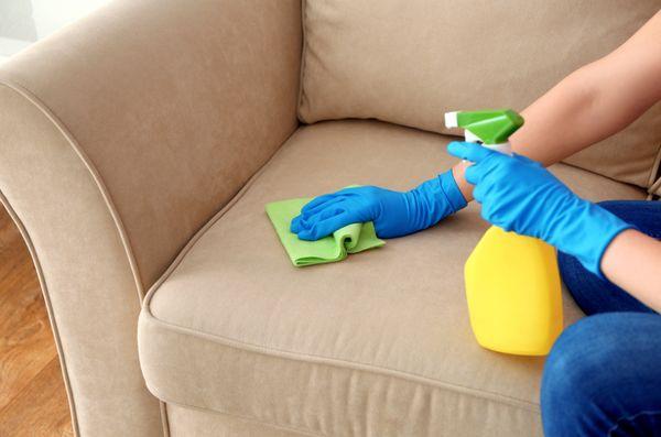 5 признаков того, что диван будет легко чиститься
